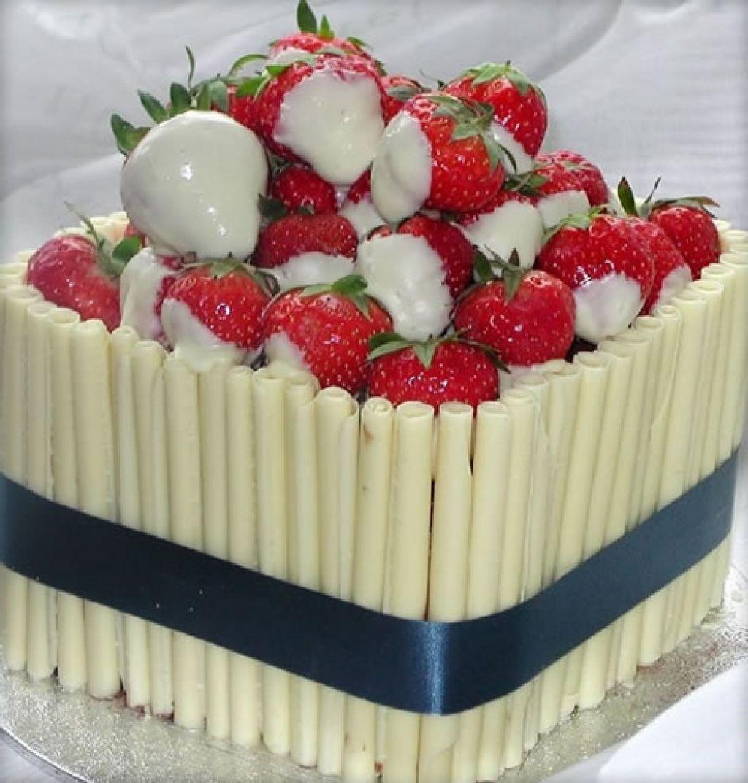 bolo morango com chocolate branco
