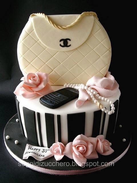 bolo mulher mala