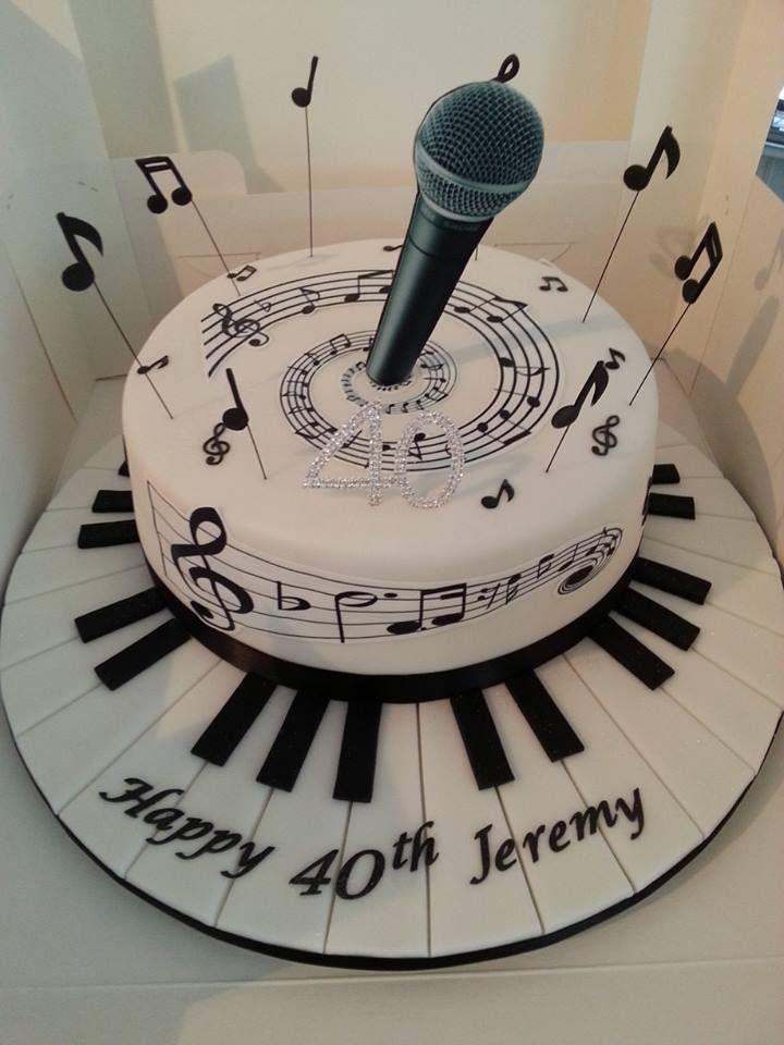 bolo musica decorado
