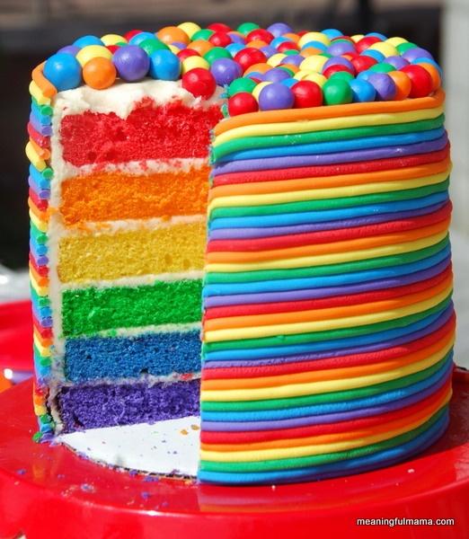 bolo recheio arco iris