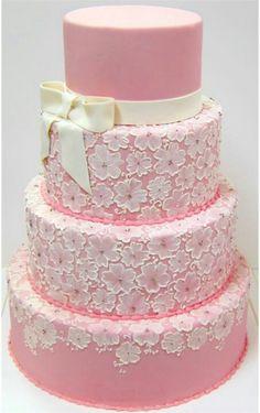bolo renda rosa