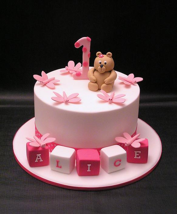bolo urso cor de rosa