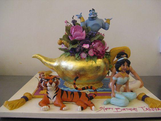 bolos decorados aladim 8
