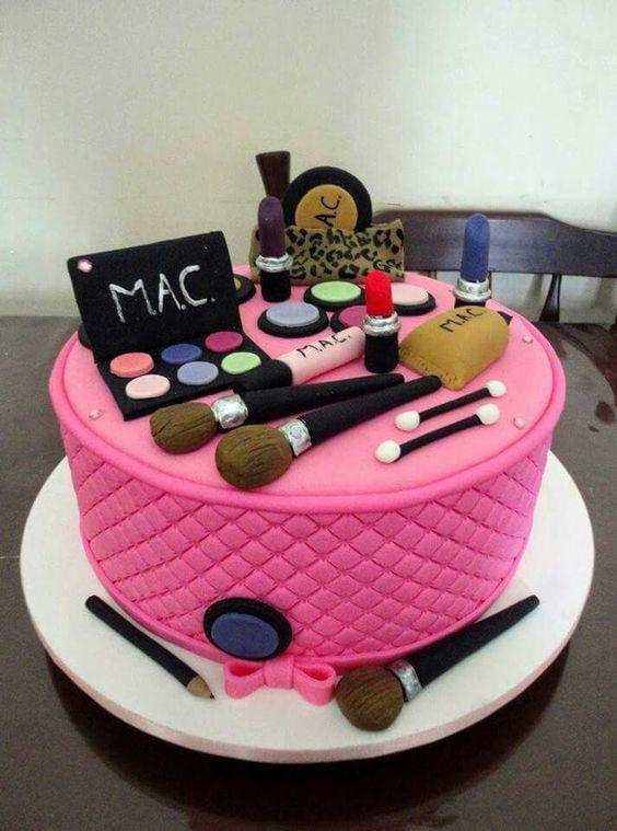 bolos decorados aniversario 13