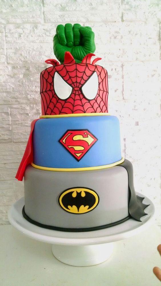 bolos decorados aniversario 7