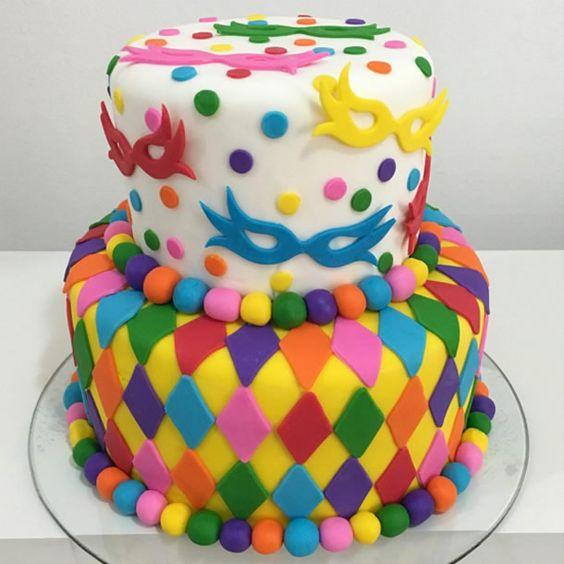 bolos decorados carnaval