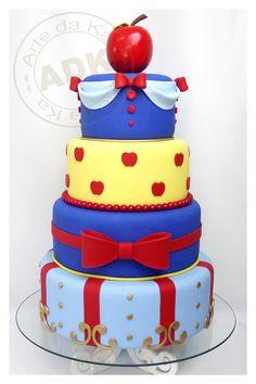 bolos decorados da branca de neve