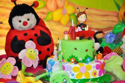 bolos decorados festa jardim encantado
