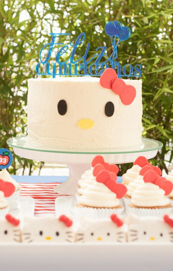 bolos decorados hello kitty 13