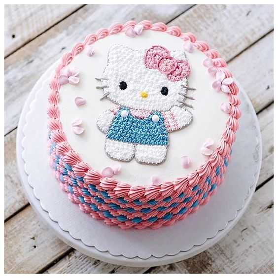 bolos decorados hello kitty 7