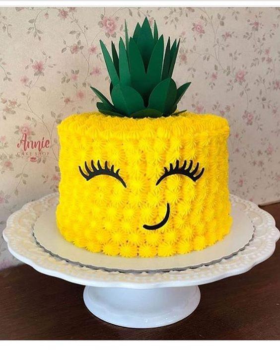 bolos decorados kawaii ananas