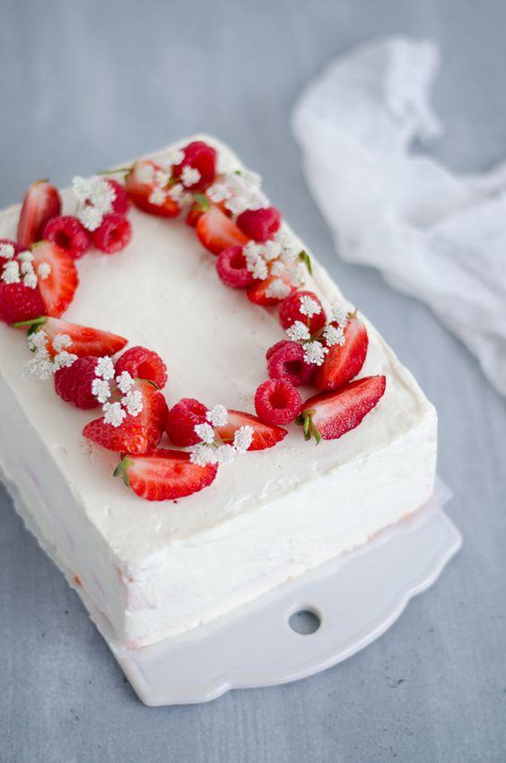 bolos decorados morangos 2