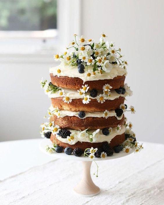 bolos decorados noivado 11