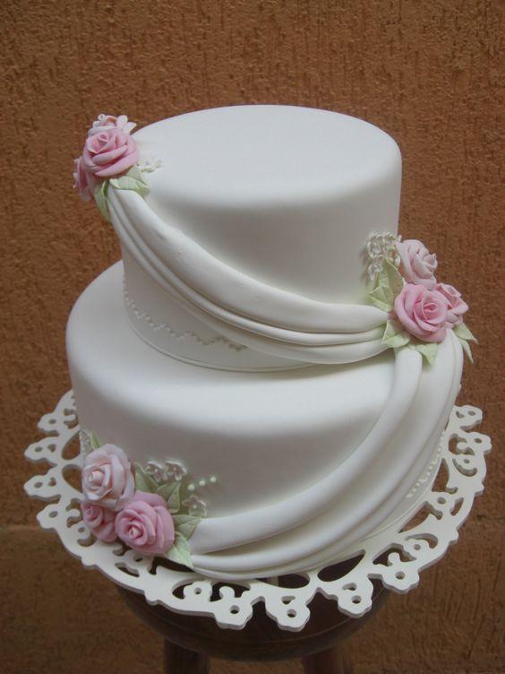 bolos decorados noivado 4