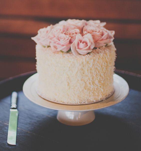 bolos decorados noivado 8