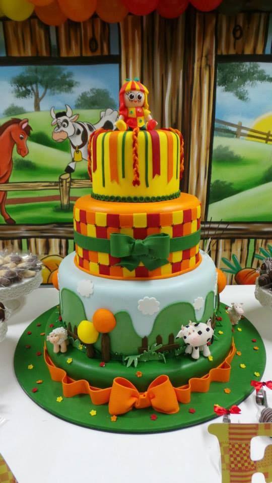 bolos decorados pica pau amarelo 3