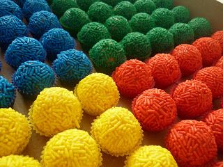 brigadeiro colorido festa 1