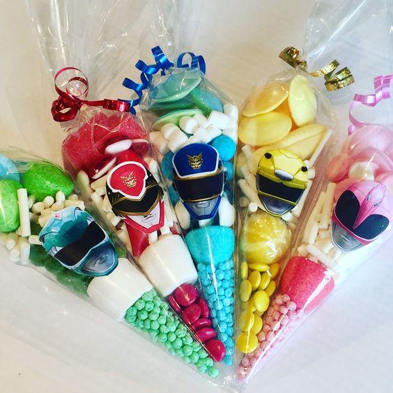 decoração festa Power Rangers sacos doces