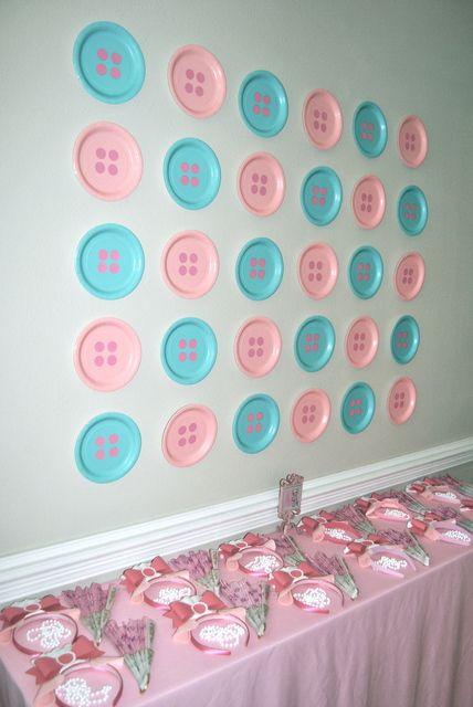 decoraçao de festa com pratos de plastico