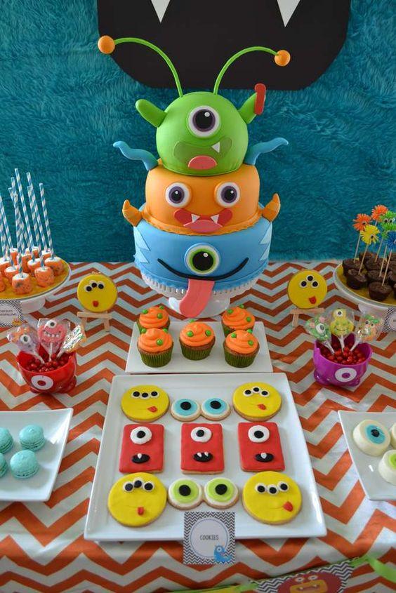 decoracao bolos festa monstrinhos 14