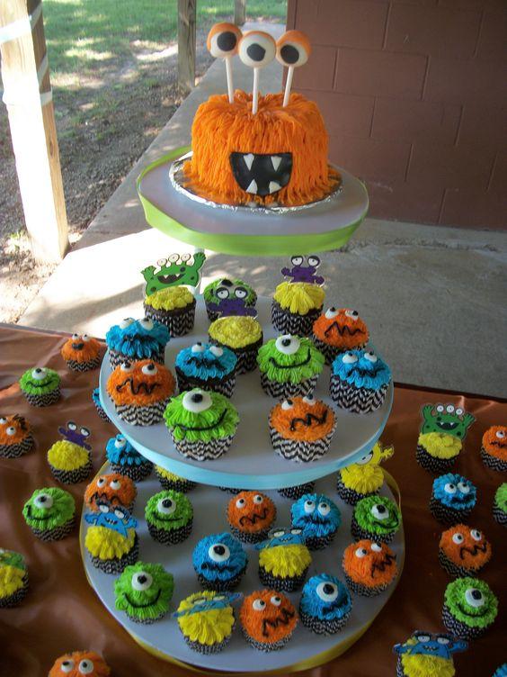 decoracao bolos festa monstrinhos 5