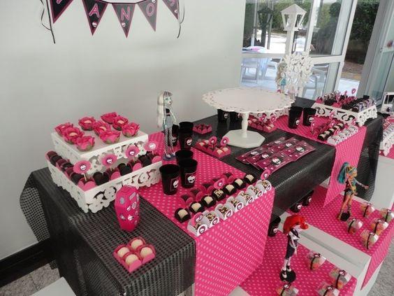 decoracao festa Monster High 8