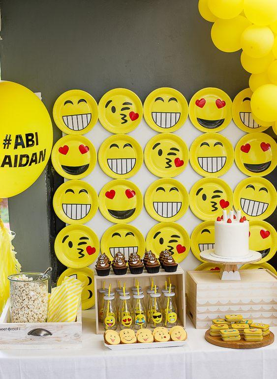 decoracao festa emoji 3