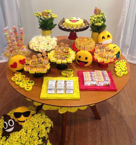 decoracao festa emoji 4