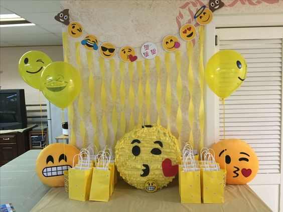 decoracao festa emoji 5