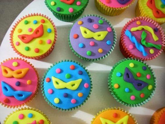 docinhos carnaval cupcakes