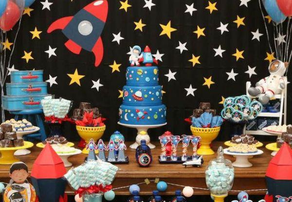 festa astronauta decoracao bolo