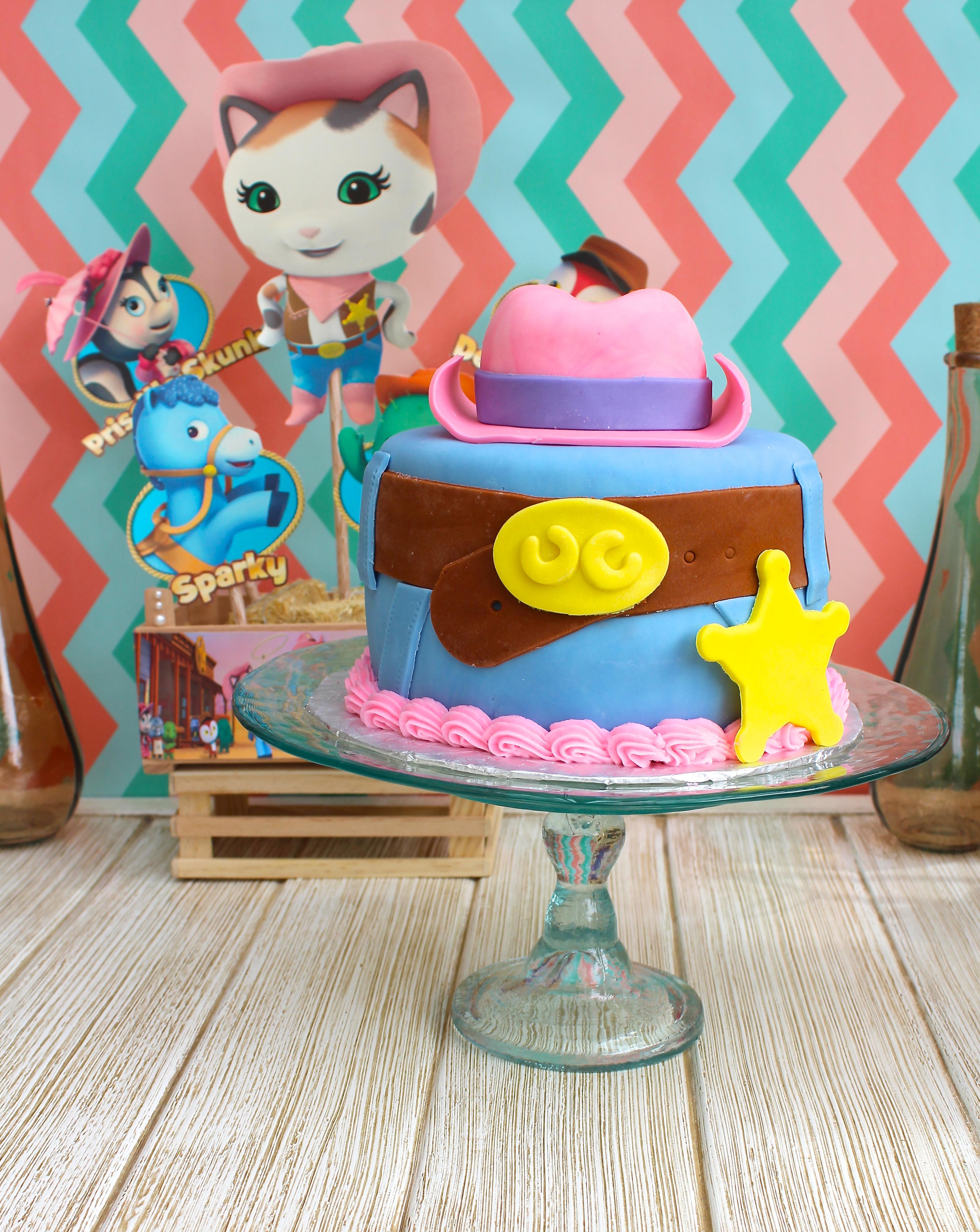 festa e bolo da xerife callie