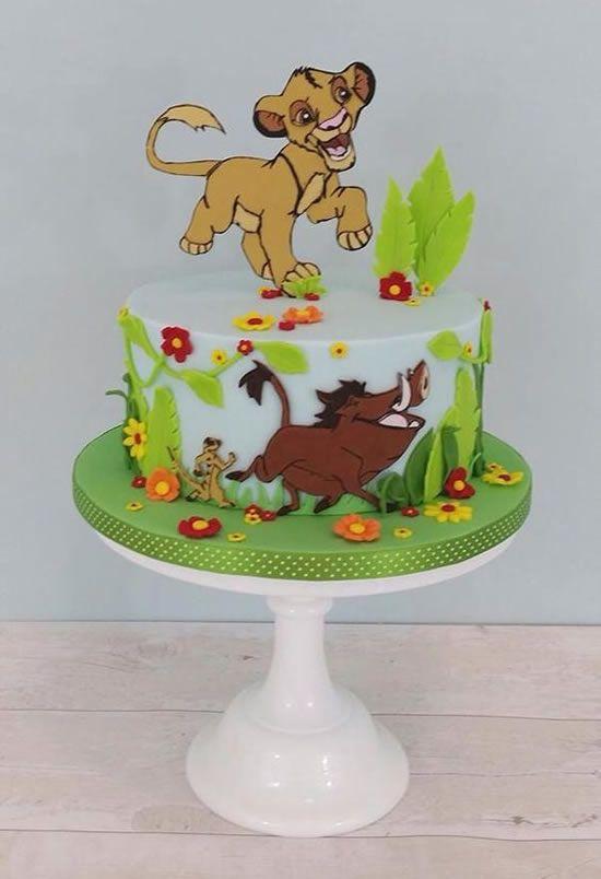 festa rei leao bolo