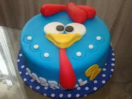 foto bolo decorado galinha pintadinha