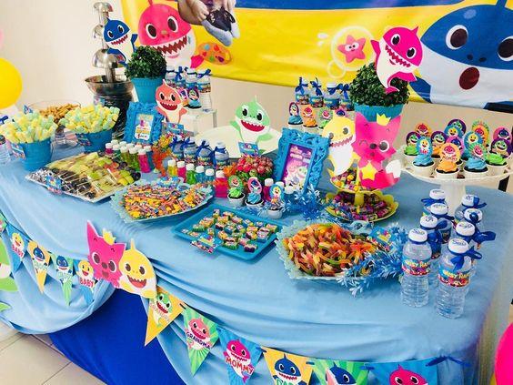 ideias decoracao festa baby shark 6