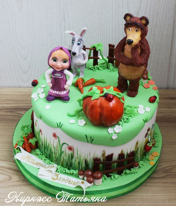 marsha e bear cakes